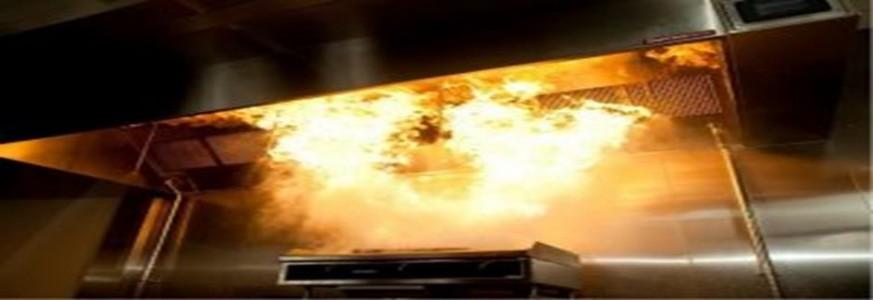 Požiar mastnoty v odsávacom potrubí kuchyne.